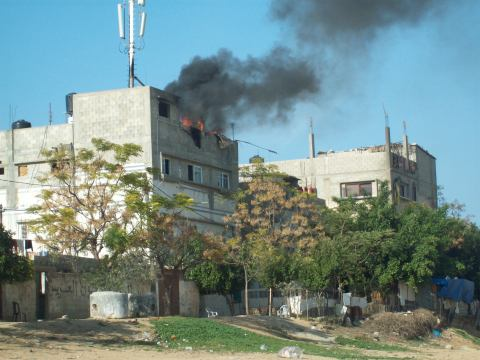 Apartments targetted by rocket in Shayjaiee area